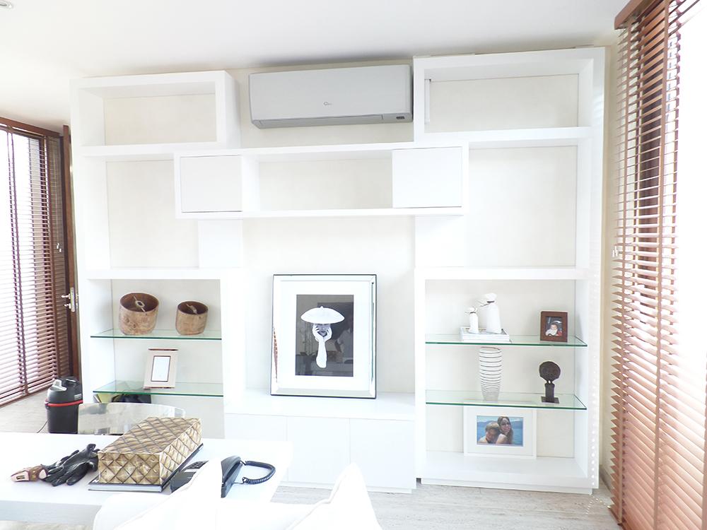 Mueble sala de estar ferrari muebles y espacios for Muebles industriales sala de estar